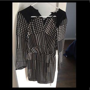 PARKER Black and White wrap dress size XS
